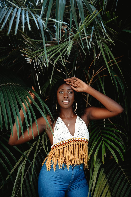 Naples Branding Photographer, woman posing in front of tree