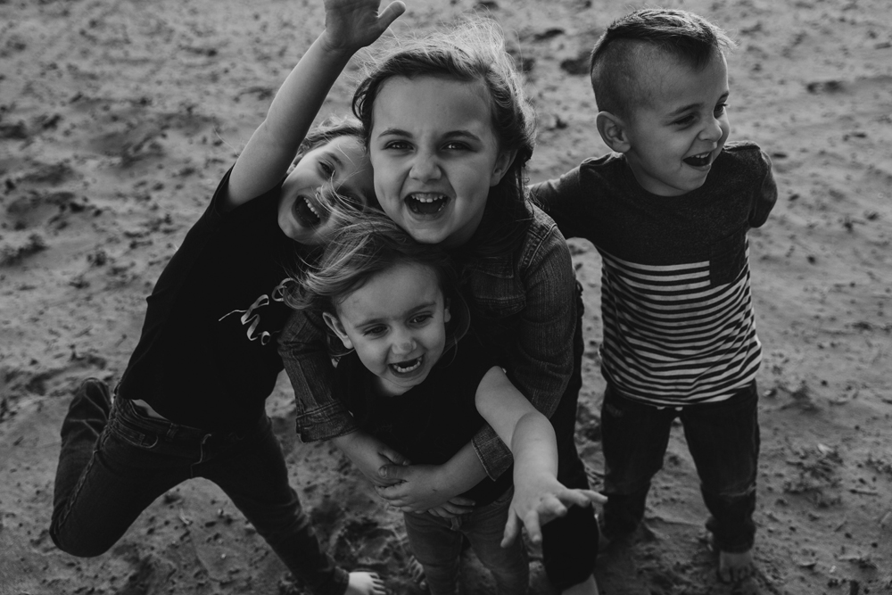 Naples Family Photographer, little kids playing together